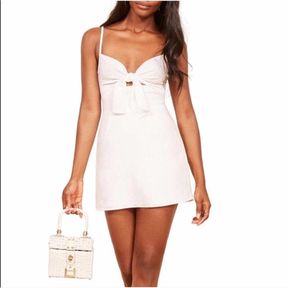 10e2f32ea7 Reformation Sullivan tie front mini dress size 8
